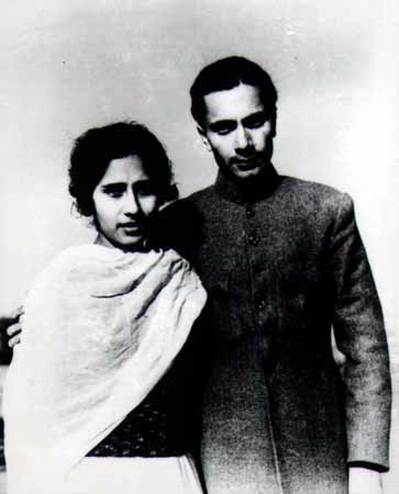Balraj Sahni with his wife Damayanti, in 1936
