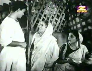 Ratan, his mother, and Maya