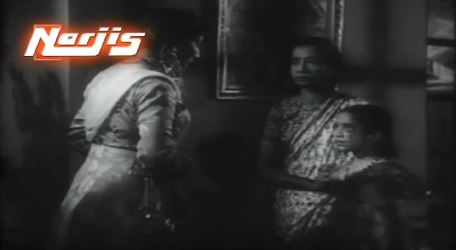 Juhi remembers her neglectful mother