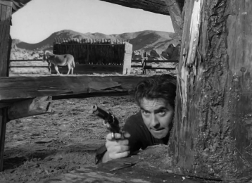 Tyrone Power as Tom Owens in Rawhide