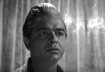 Tarun Bose in a scene from Anupama