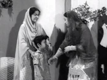 Begum Sahiba sends the maid away