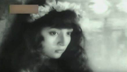 Mala Sinha as Ophelia