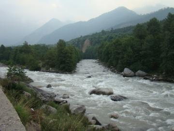 The Beas, near Manali.