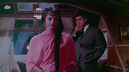 Saira Banu and Joy Mukherjee in Yeh Zindagi Kitni Haseen Hai