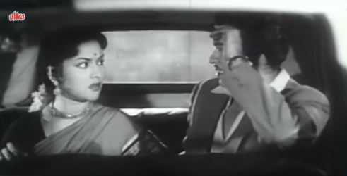 Anand meets Janaki in a taxi