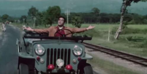 Sanjay heads home, singing