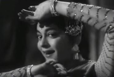 Najar laagi raja tore bangle par, from Kaala Paani