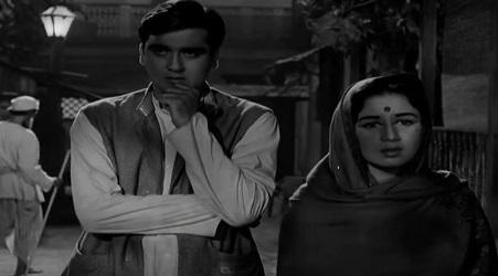 Sunil Dutt and Nanda in Nartakee