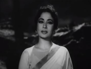 Meena Kumari in Aarti