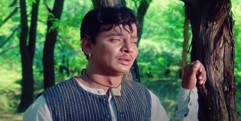 Kashinath Ghanekar in Jaata hoon main, Daadi Maa
